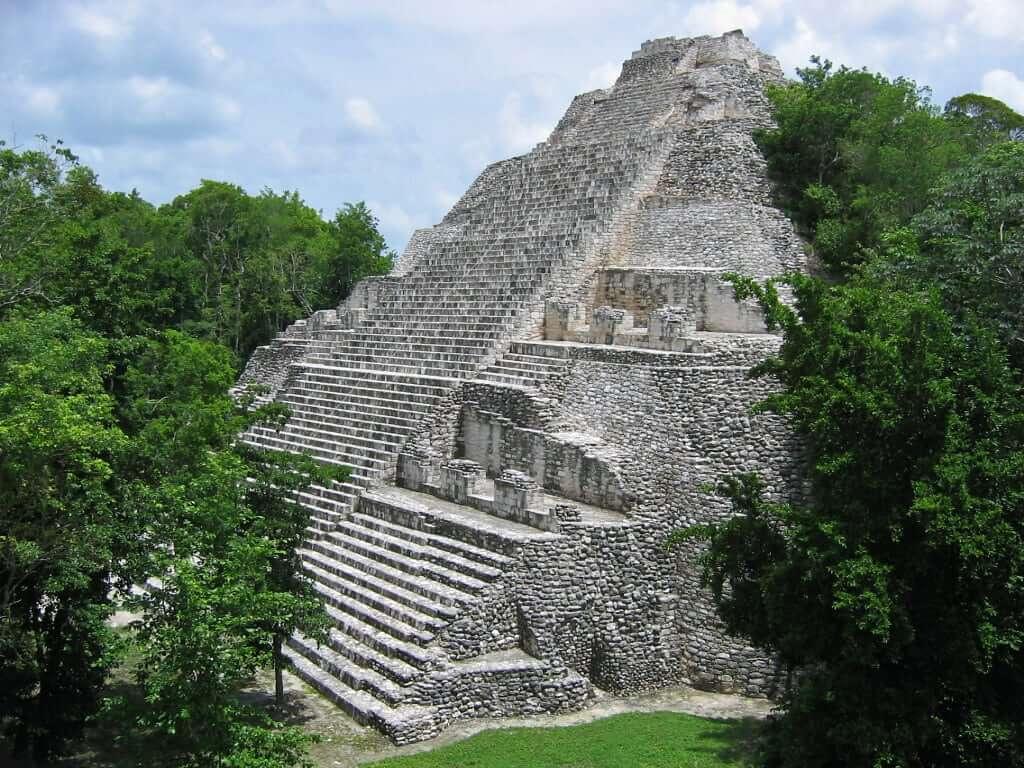 Pirâmide de Cobá em Cancún