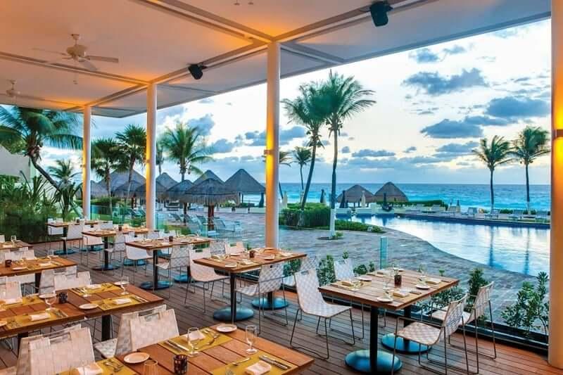 Royal Service at Paradisus Cancun para casais apaixonados em Cancún