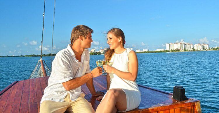 Jantar no Columbus para casais apaixonados em Cancún
