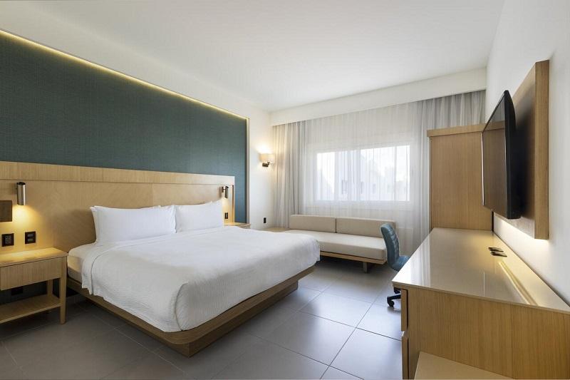 Hotel Courtyard Cancun - Quarto