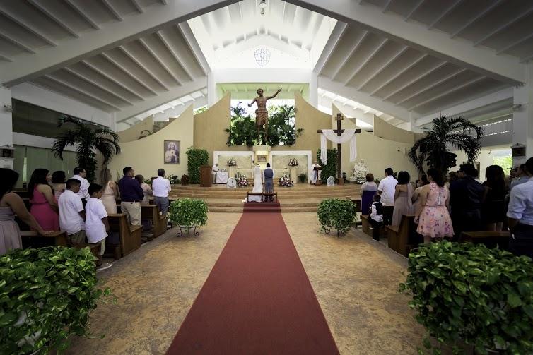 Parroquia de Cristo Resucitado - Cancún