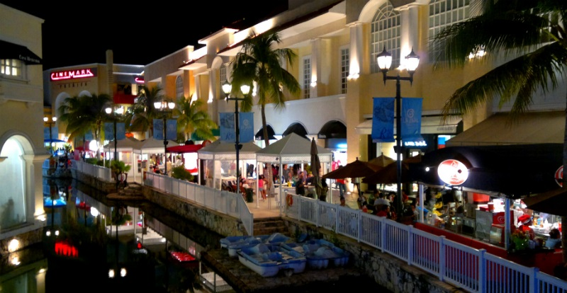 Shopping Plaza La Isla em Cancún