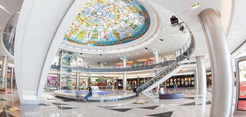 Kukulcan Plaza para compras em Cancún