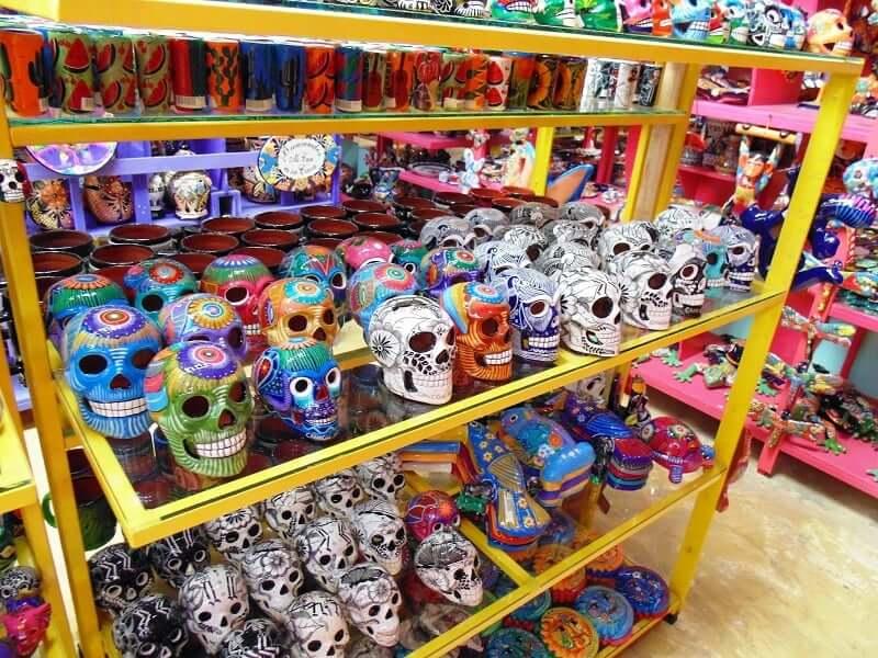 Compras no Mercado 28 em Cancún