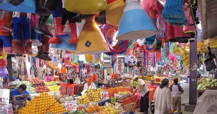 Lazer e entretenimento no Mercado 28 em Cancún