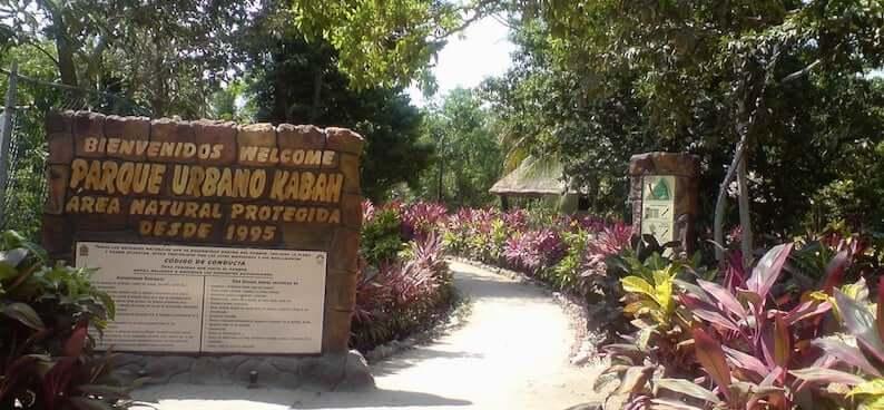 Urbano Kabah Park em Cancún
