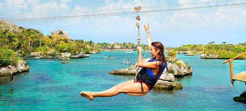 """Atrações no Parque Xel-Há em Cancún - """"Salpichanga"""" Tirolesas"""