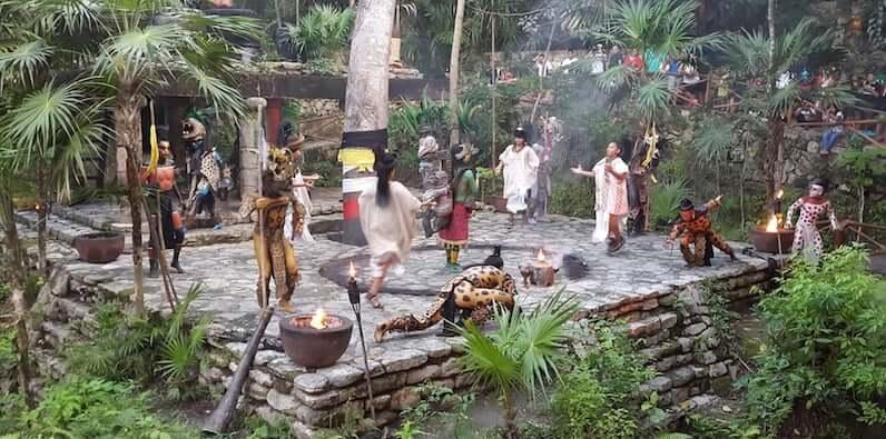 Principais atrações do Parque Xcaret em Cancún: Vilarejo Maia