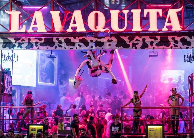 O que toca no bar e balada La Vaquita em Cancún