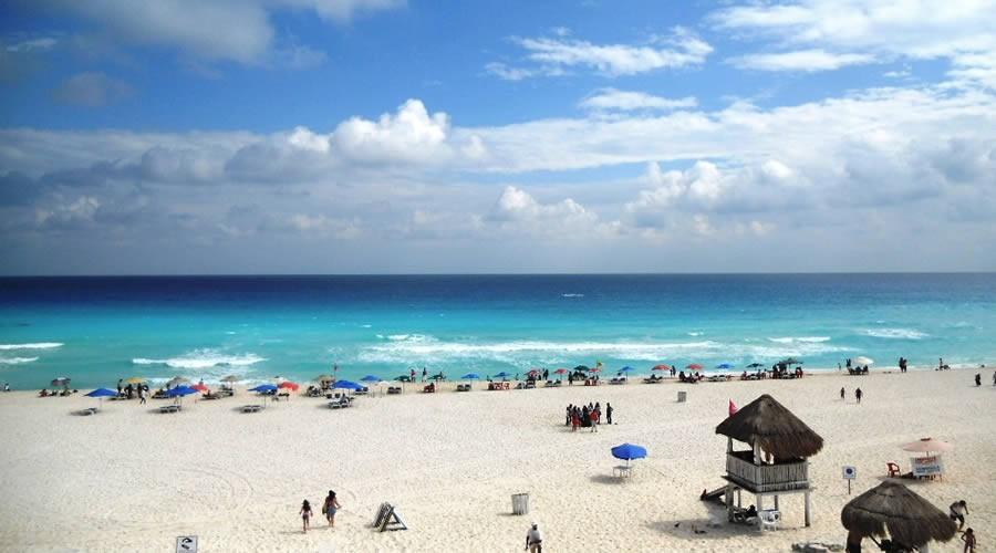 Estrutura da Playa Las Perlas em Cancún