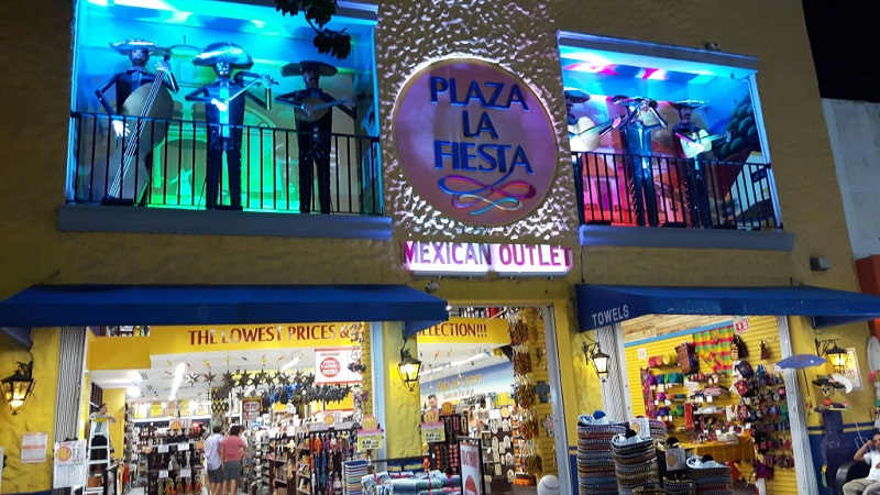 Informações sobre a Plaza La Fiesta Mexican Outlet em Cancún