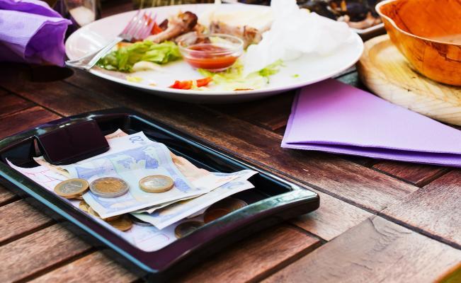 Gorjetas em restaurantes em Tulum e em todo o México