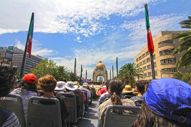 Passeio de ônibus em Cancún