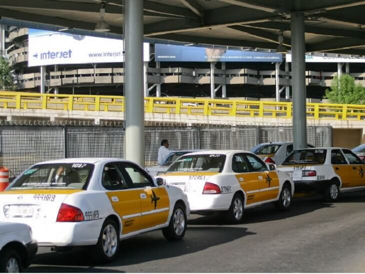 Ir do aeroporto da Cidade do México até o centro de táxi