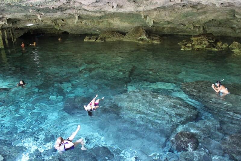 Cenotes com crianças em Tulum