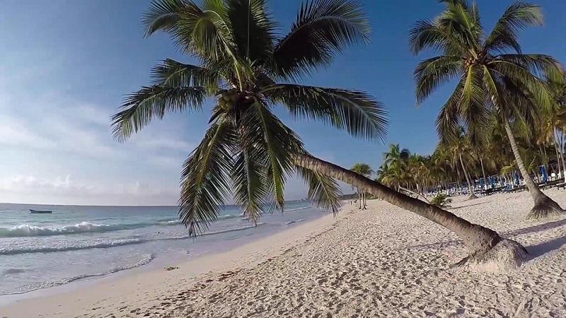 Passeio romântico nas praias de Tulum