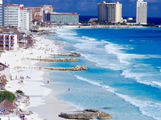 Cancún em outubro