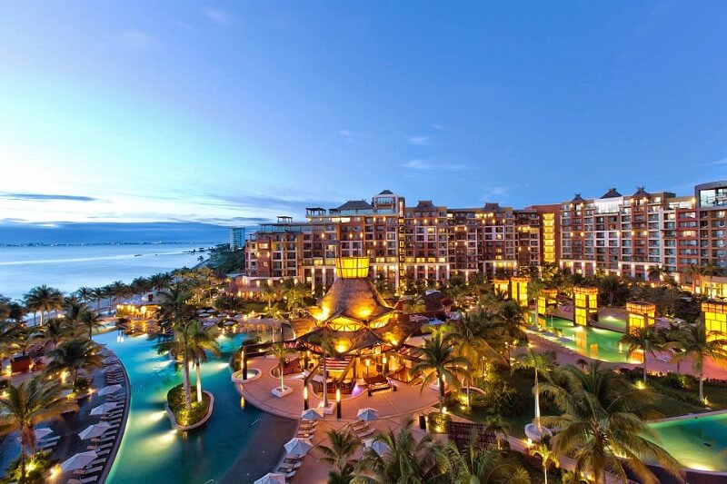 Movimentação de turistas e hospedagens no mês de fevereiro em Cancún