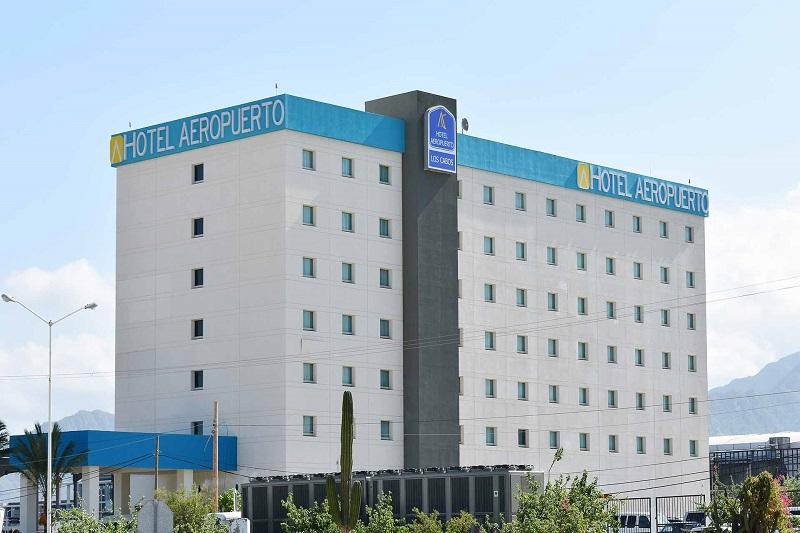 Fachada do Hotel Aeropuerto Los Cabos em San José