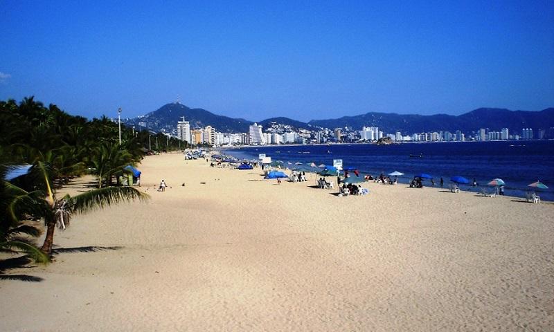 Visita à praia La Condesa em Acapulco