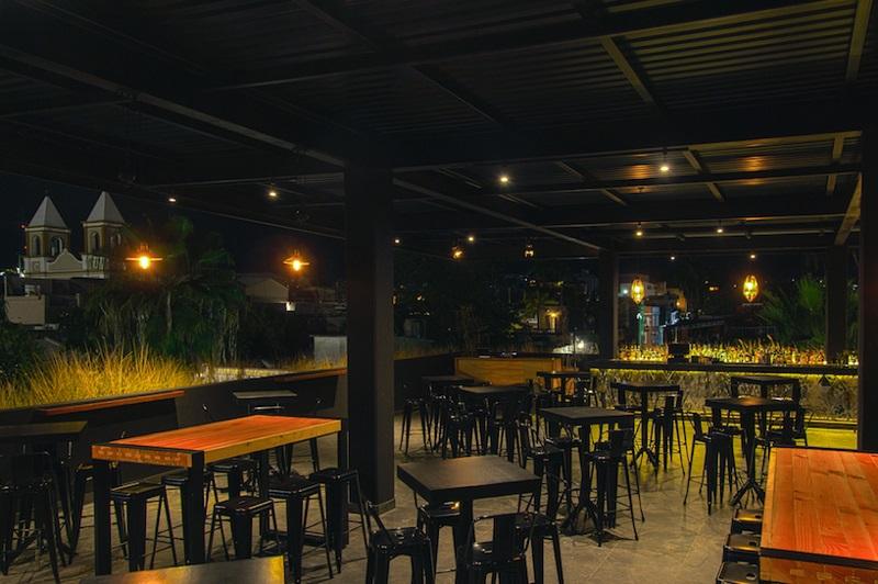 Dalton Gin Bar em um roteiro de viagem em Los Cabos