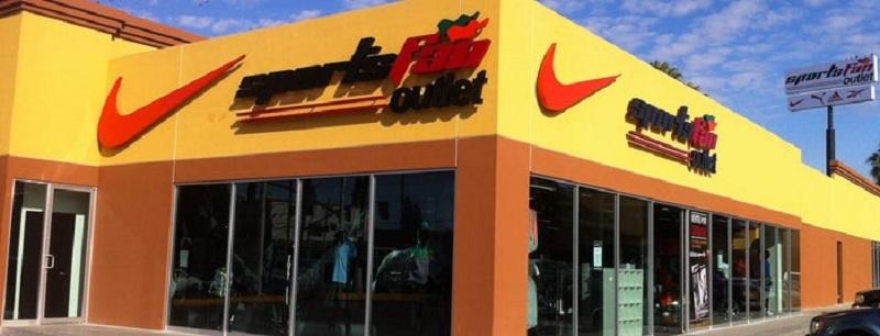 Compras de roupas na Sports Fan do Shopping Galerías Hipodromo em Tijuana
