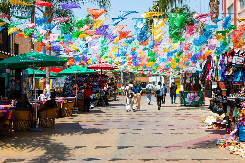Comércio na Avenida Revolución em Tijuana