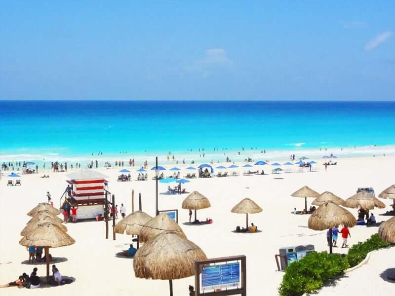 Praias mais bonitas no México: Playa Delfines em Cancún