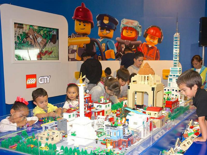 Crianças no Papalote Museo del Niño na Cidade do México