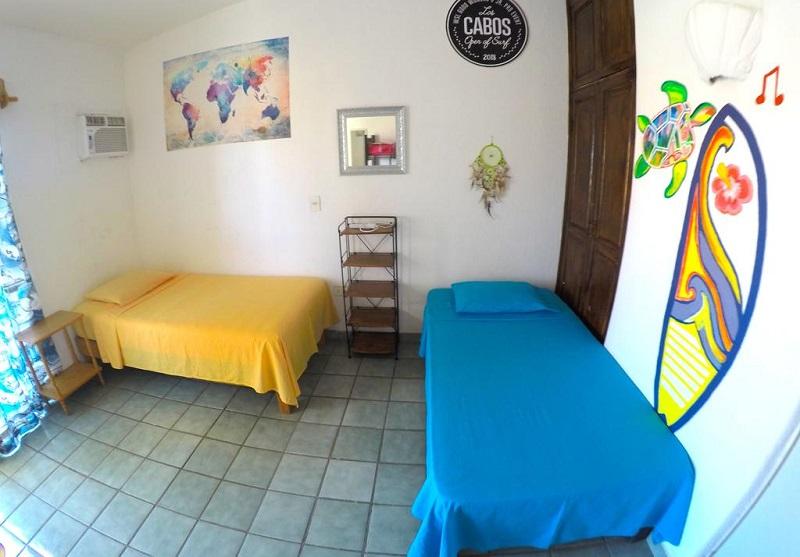 """Quarto do Surf Hostel Cabo """"The Riptide"""" em Los Cabos"""