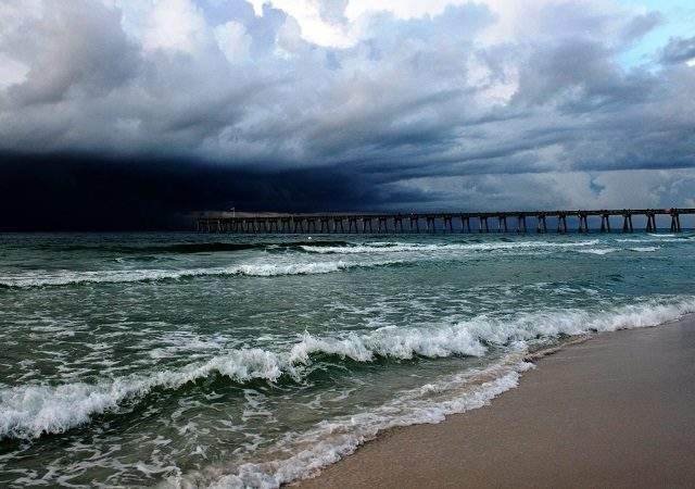 Época de furacões e terremotos no Golfo do México