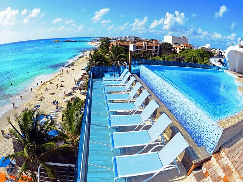 Hotel com piscina de frente pra praia - Playa del Carmen