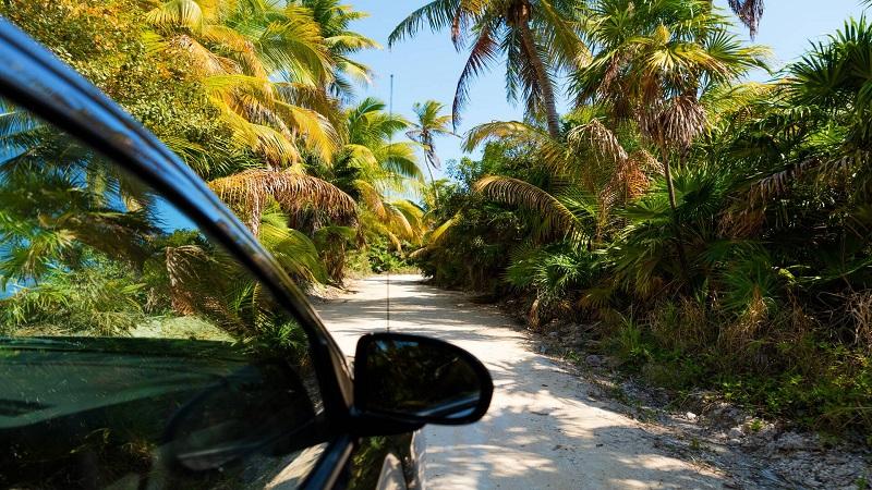 Carro em Playa del Carmen - México