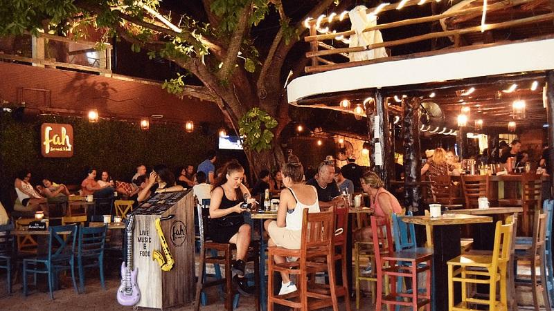 Fah Bar em Playa del Carmen