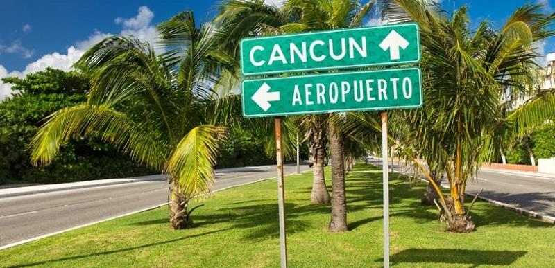 Placa indicativa - Aeroporto de Cancún