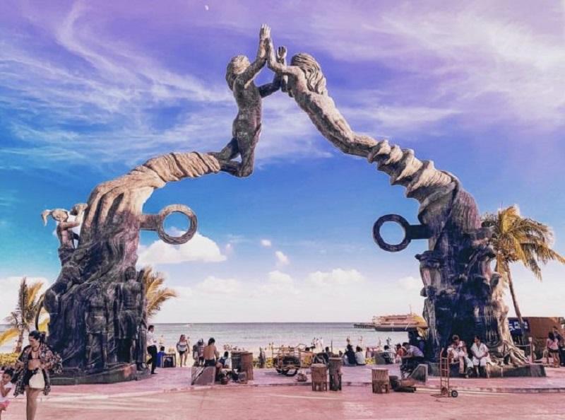 Portal Maya - Playa del Carmen