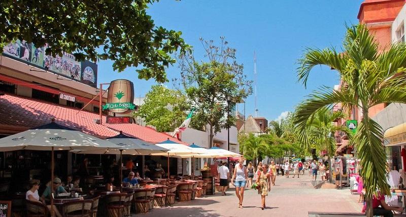 Quinta Avenida para compras em Playa del Carmen