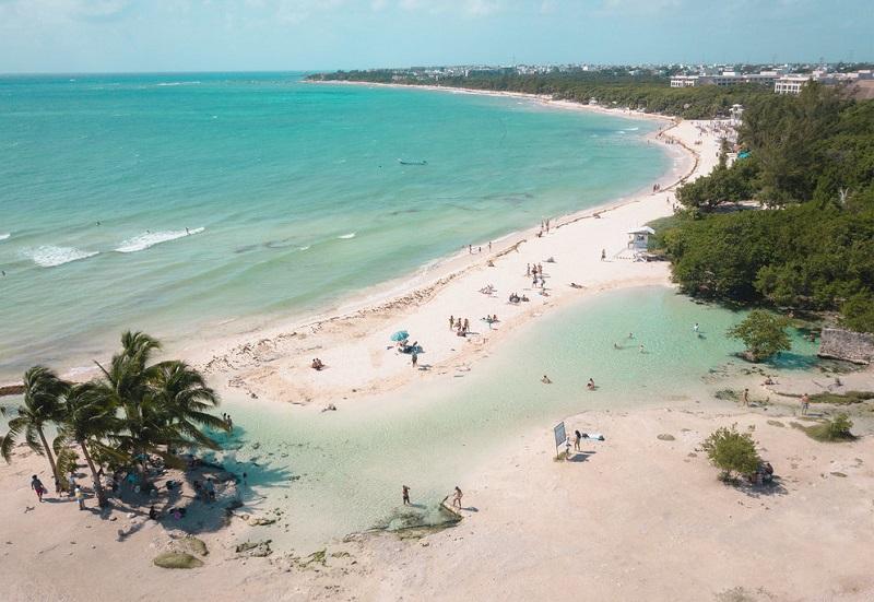 Playa Punta Esmeralda em Playa del Carmen